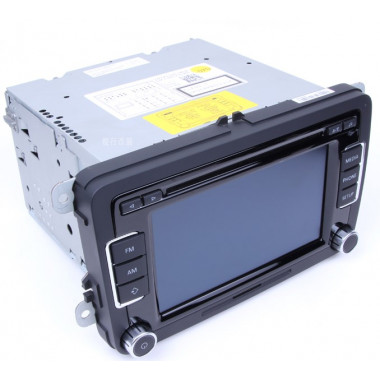 Штатная магнитола RCD510 BOSH б/у для Фольксваген Polo / Golf / Jetta / Passat B6 / B7 / CC