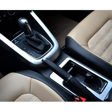 Декоративные накладки на центральную консоль Volkswagen Jetta 6