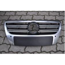Решетка радиатора R-line для Volkswagen Passat B6